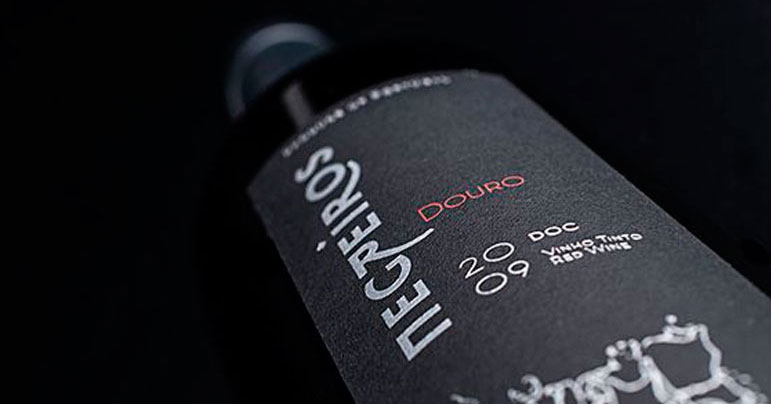 Diseño packaging botellas de vino
